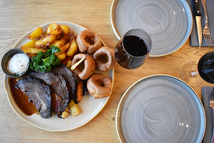 Sharing Sunday Roast £25pp